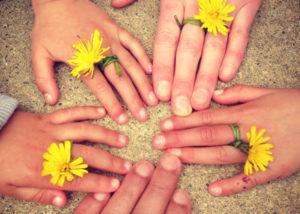 sophro famille - mains regroupées